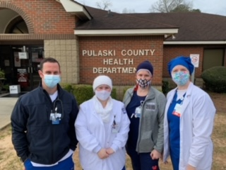 Nursing students and staff gather outside the Pulaski County Health Department.